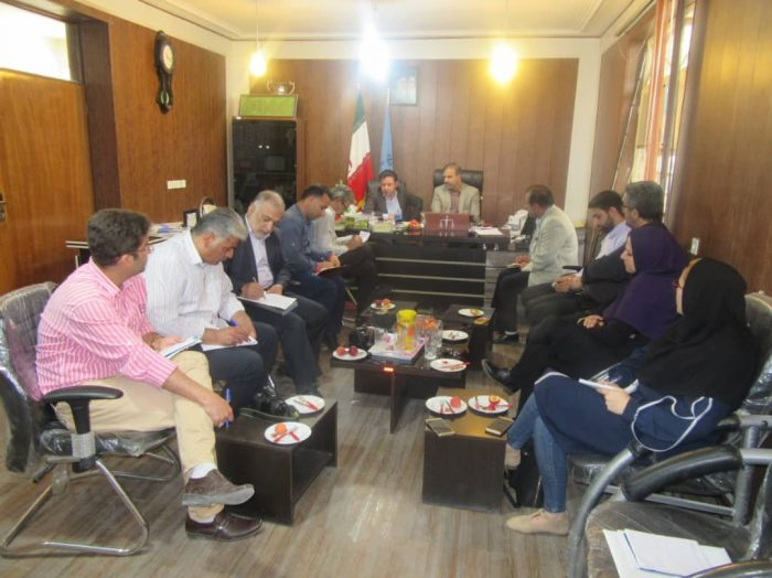به مناسبت هفته قوه قضاییه نشست خبری رئیس دادگستری و دادستان مسجدسلیمان با جمعی از اصحاب رسانه برگزار شد