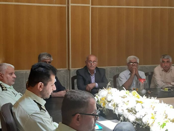 نشست تعاملی فرماندهی انتظامی شهرستان مسجدسلیمان با روسای اتحادیه ها و اصناف