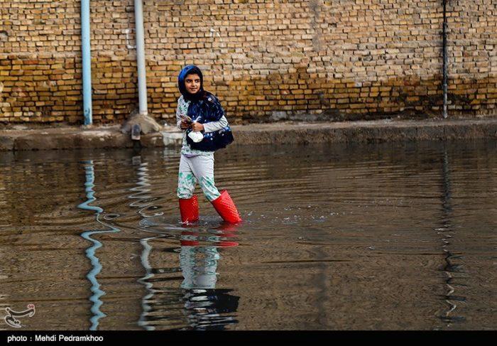 شرکت آب و فاضلاب خوزستان هیچ نقش اجرایی در آبگرفتگیهای پس از باران اهواز ندارد