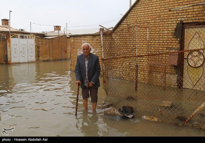 ۵ روز پس از بارندگی؛ ادامه آبگرفتگی معابر شهری آبادان