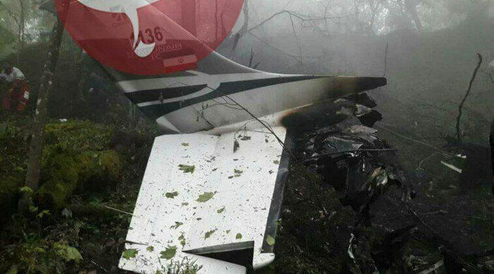 حوادث | پیکر شهدای هواپیمای سانحه دیده ناجا تحویل پزشک قانونی شد