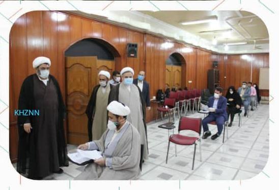 بازدید رئیس کل دادگستری خوزستان از روند برگزاری آزمون جامع کارآموزان قضایی + تصاویر
