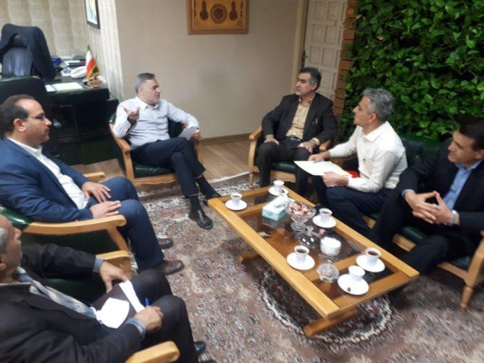 در جلسه فرماندار شهرستان امیدیه با دکتر حاجتی رئیس سازمان مدیریت و برنامه ریزی استان خوزستان در خصوص اعتبارات سال۹۹، و پروژه های نیمه تمام شهرستان امیدیه برگزار شد.