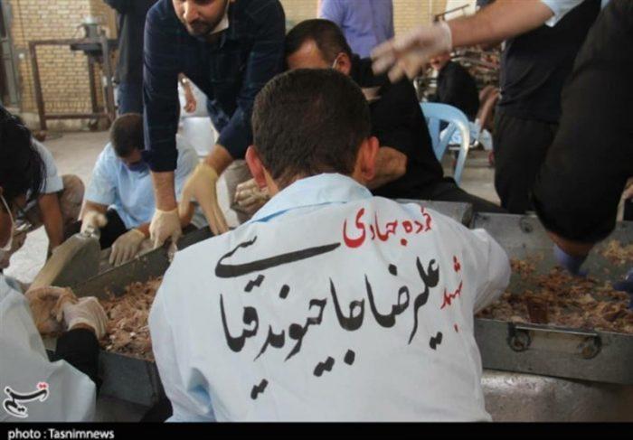 طبخ ۱۴ دیگ حلیم در دزفول از سوی گروه جهادی بسیج شهیدمدافع حرم علیرضا حاجیوند قیاسی + تصاویر
