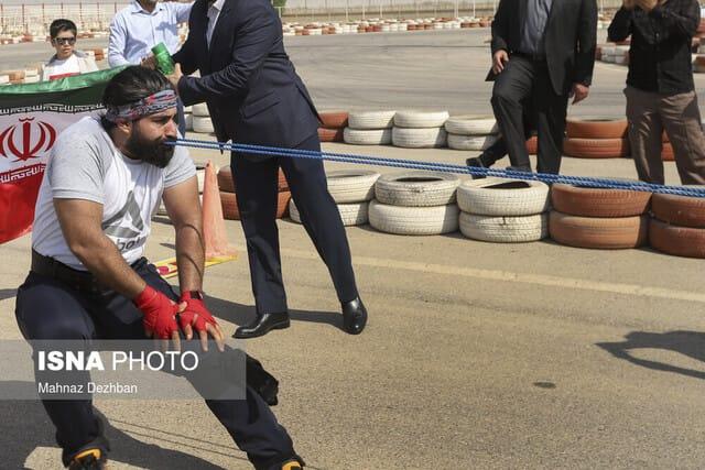 ثبت رکورد جهانی جابجایی کامیون با دندان توسط ابرانسانهای خوزستانی + تصاویر