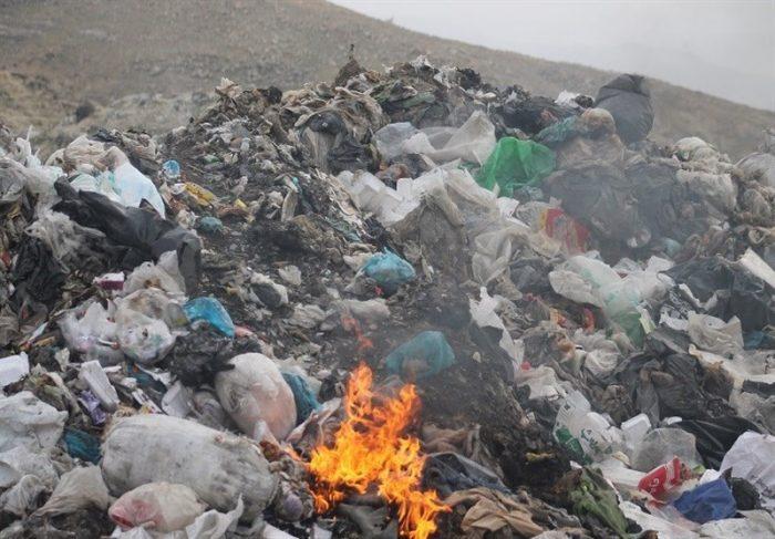 روزگار اسفناک اهالی مناطق شرقی اهواز / دود سایت دفن زباله صفیره در چشم مردم