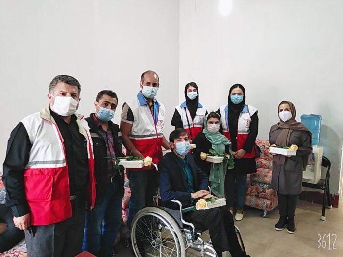 دیدار جوانان داوطلب بشر دوست هلال احمر امیدیه از مرکز جامعه معلولین