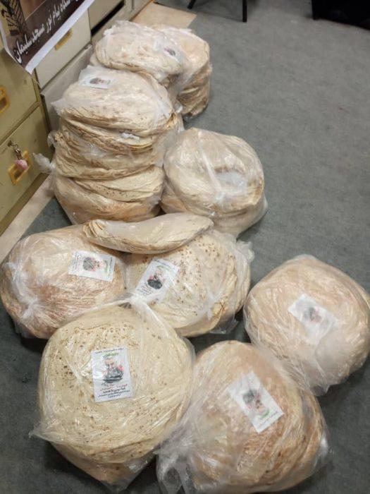 توزیع ١٧٠٠ قرص نان رایگان میان نیازمندان مسجدسلیمان