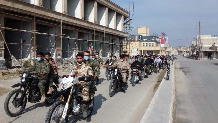 رژه موتوری و خودرویی به مناسبت ۲۲بهمن سالگرد انقلاب اسلامی در هندیجان و زهره برگزار شد + تصاویر