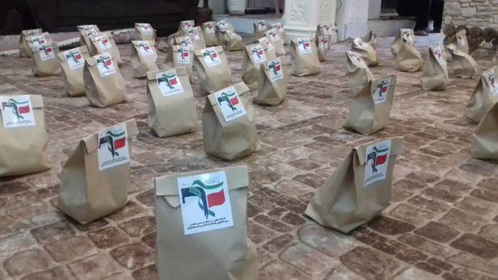 به همت بسیج دانشجویی مسجدسلیمان ١۵٠ بسته مواد غذایی و میوه تهیه و بین نیازمندان توزیع شد