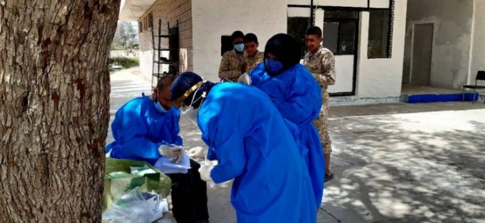 توزیع بسته های معیشتی بین خانواده های آسیب دیده از کرونا در قالب طرح شهید حاج قاسم سلیمانی در مسجدسلیمان + تصاویر