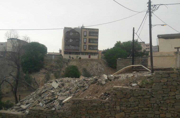 دره خواری در منطقه پانسیون خیام مسجدسلیمان همچنان ادامه دارد + تصاویر