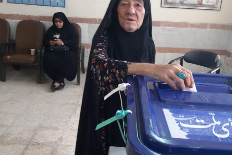 پیام تسلیت امام جمعه هندیجان به مناسبت در گذشت مادر شهید نصرالله گشتیل