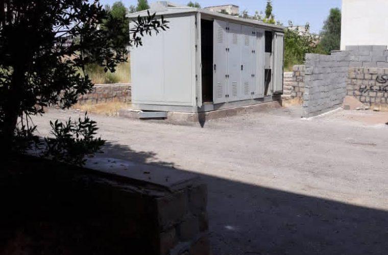 معضل پارکینگ های خودرو در شهرک ولیعصر مسجدسلیمان و لزوم تحقق حقوق شهروندی+ تصاویر