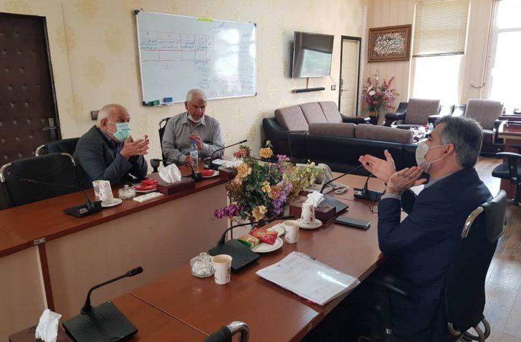 حبیب آقاجری نماینده مردم شهرستان و سید مهران رفیعی فرماندار با مهندس کرمی نژاد مدیر عامل آبفا استان خوزستان دیدار و گفتگو کردند