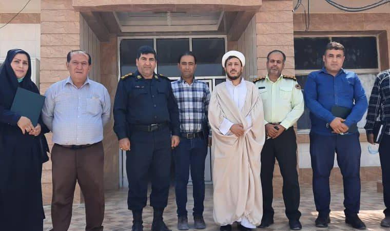 تجلیل و تقدیر فرمانده انتظامی از خبرنگاران شهرستان هندیجان