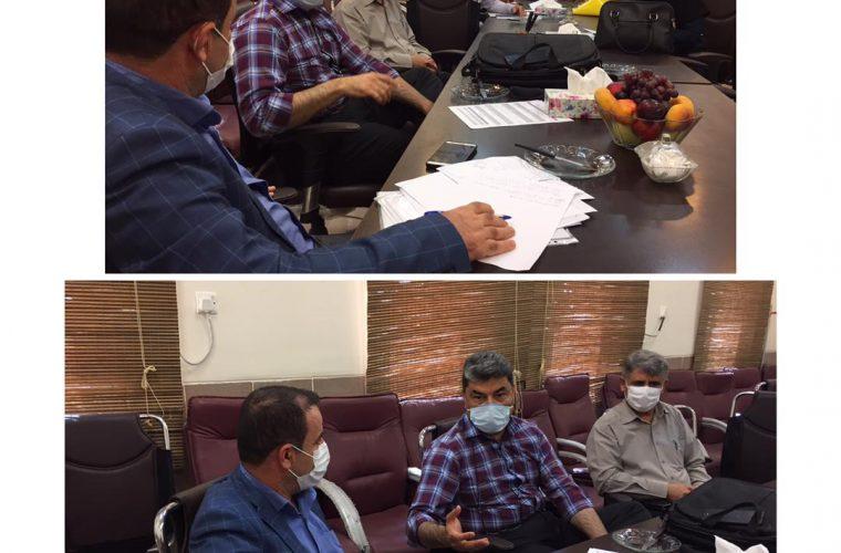 صبح امروز دکتر مهدی اقتصاد مشاور رئیس مرکز بهداشت استان به همراه تیمی از کارشناسان خود از مرکز بهداشت شهرستان هندیجان بازدید نمودند