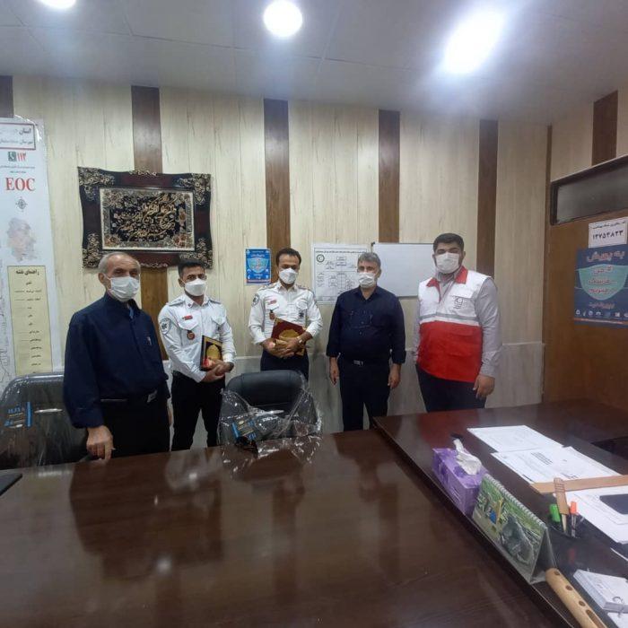 تجلیل از داوطلبان درمان اضطراری هلال احمر مسجدسلیمان