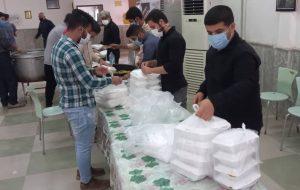 توزیع دو هزار پُرس غذای نذری بین نیازمندان در مسجدسلیمان