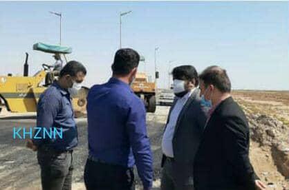 بازدید فرماندار هندیجان از عملیات اجرایی پروژه روکش آسفالت محور هندیجان به دیلم + تصاویر